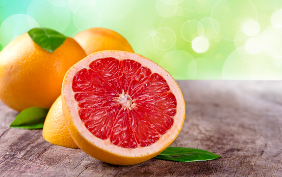 6 Amazing Reasons To Love And Eat Grapefruit
