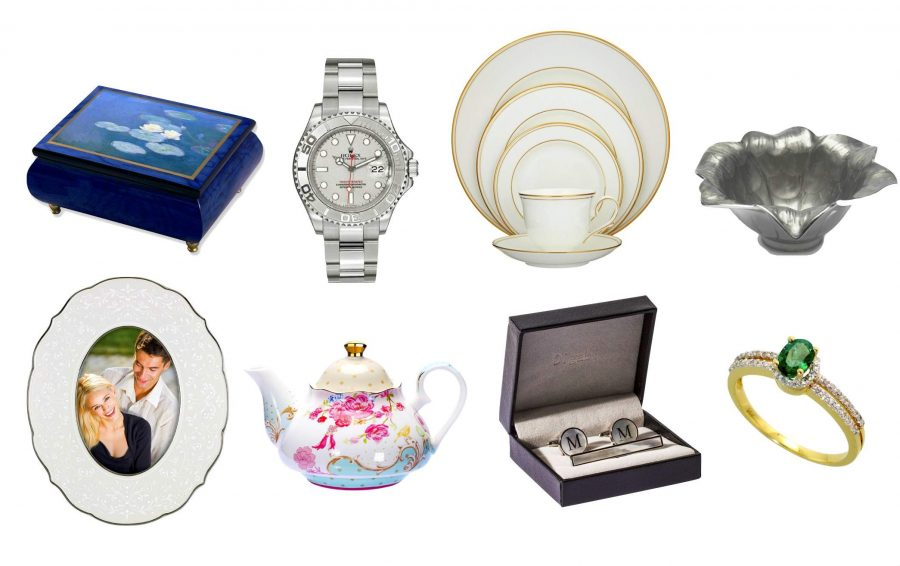 Some Of The Most Stunning Wedding Anniversary Gifts Ideas Online From GiftsbyMeeta
